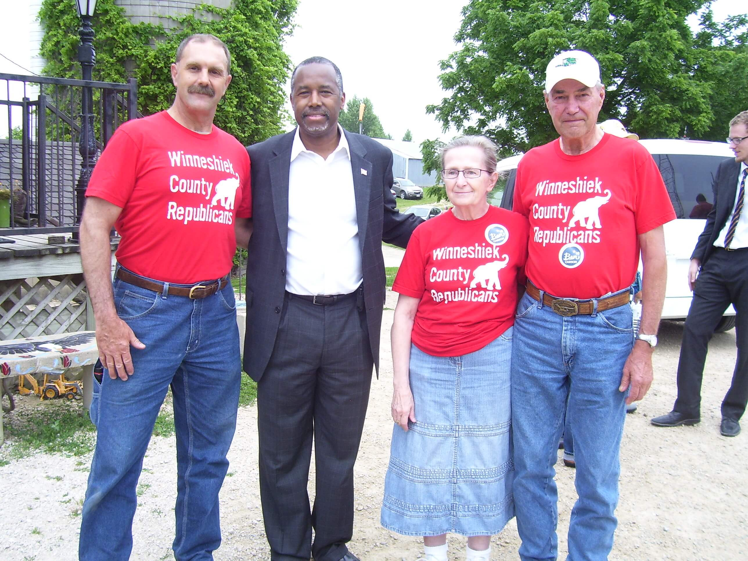 Thomas Hansen with other republicans and Ben Carson
